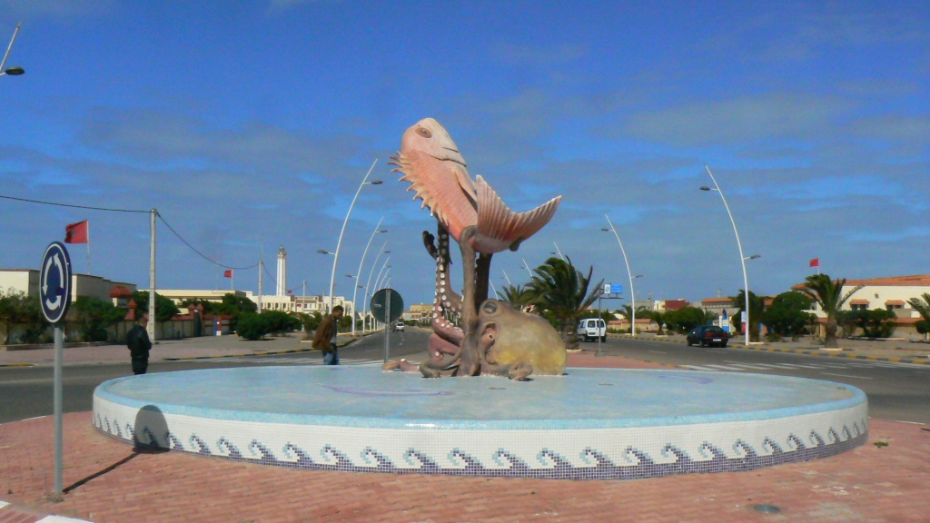 Many of the towns down here have invested in a variety of animal themed sculptures. This roundabout featuring an angry octopus wrestling a fish was one of the best.